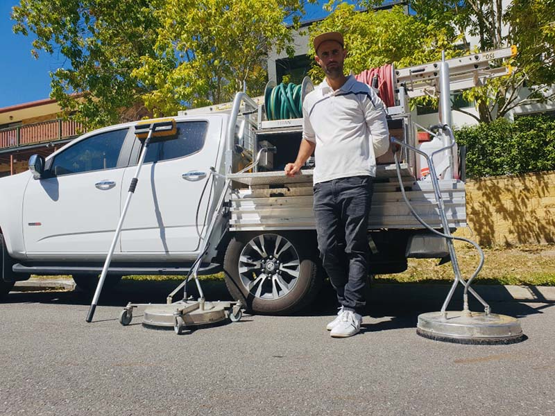 Gutter cleaning gold coast